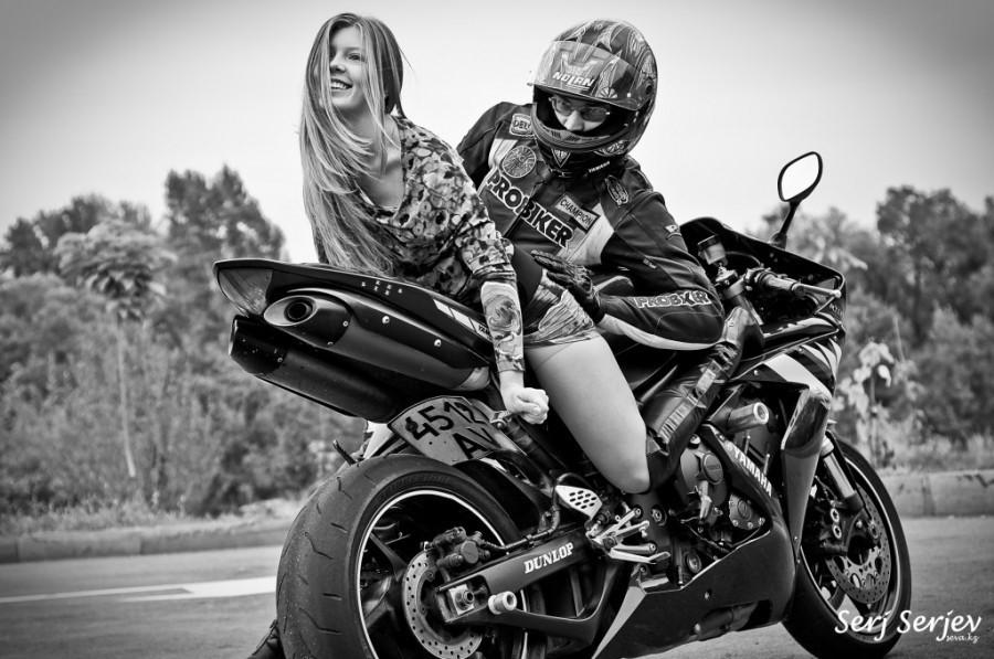 сексуальные парни мотоциклисты