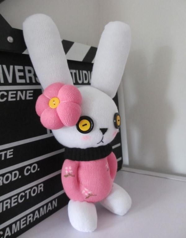 кролик из носка своими руками видео