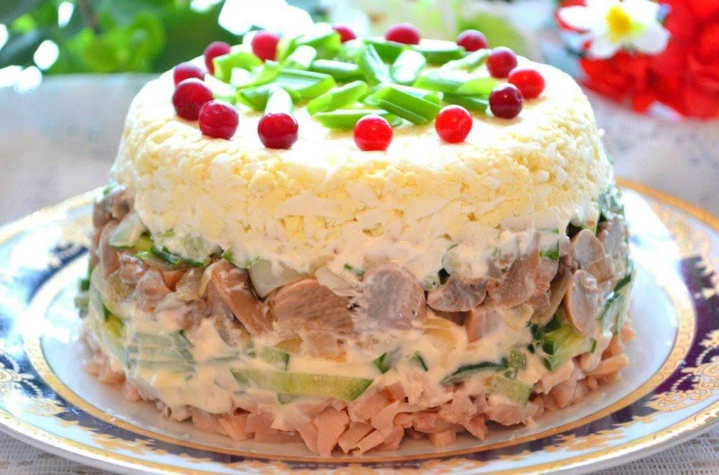 Салат слоеный из курицы рецепты с простые и вкусные на