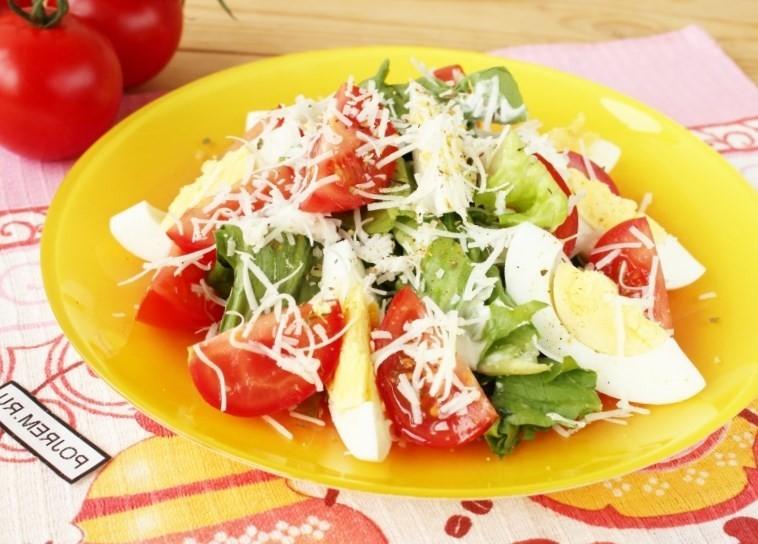 Салат с помидорами и курицей рецепт