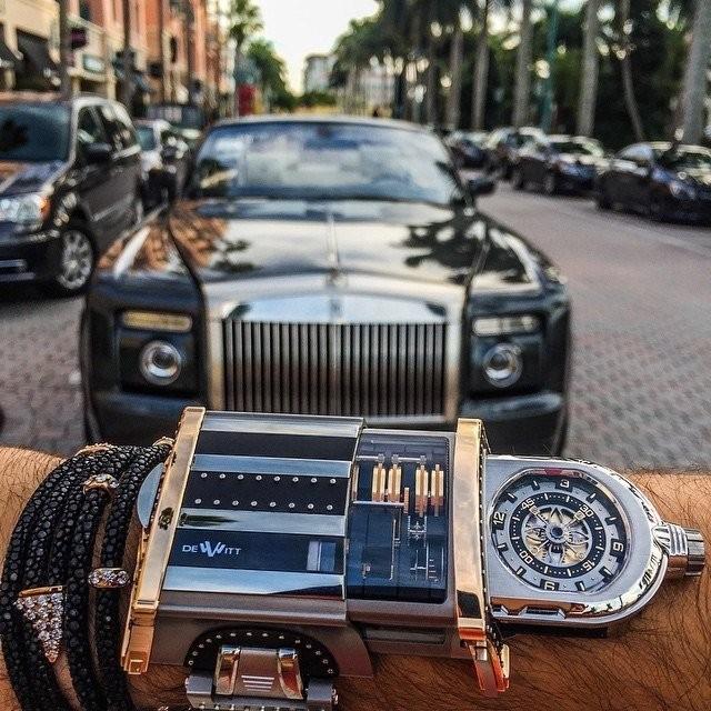 Однажды подарили часы дороже моего авто
