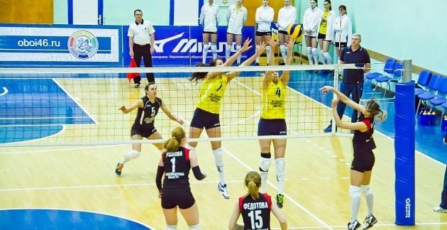 Курские волейболистки завершили первый круг чемпионата на втором месте