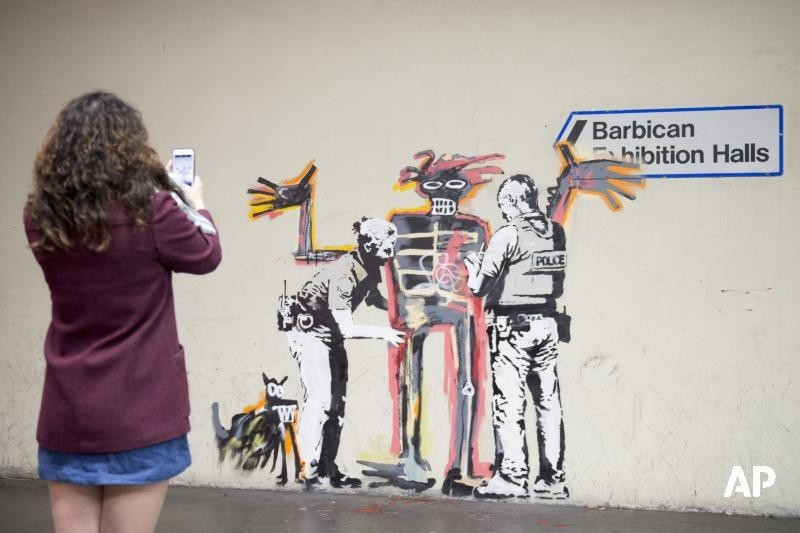 a research on the graffiti artist banksy and how social media has affected his popularity and helped Hip hop is a form of art which can be expressed through rap songs, break-dancing, and graffiti art the culture has become so popular that it has entered today's fashion and modern language [tags: hip-hop, social identity, values.