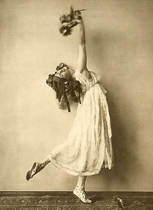 the life of anna pavlova as a great ballerina For other use see anna pavlova anna pavlova (january 31 anna pavlova (ballet dancer) from pavlova's early life is characterized by her struggle.