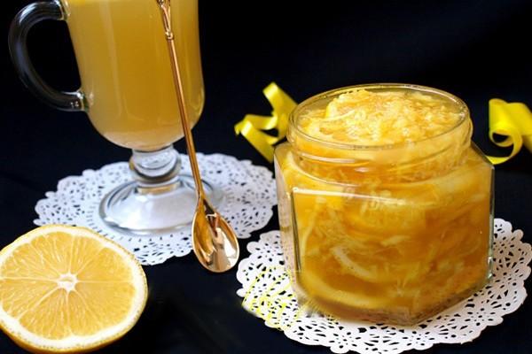 Эффективнее употреблять лечебную смесь за 30 минут до принятия пищи, запивая теплой водой.