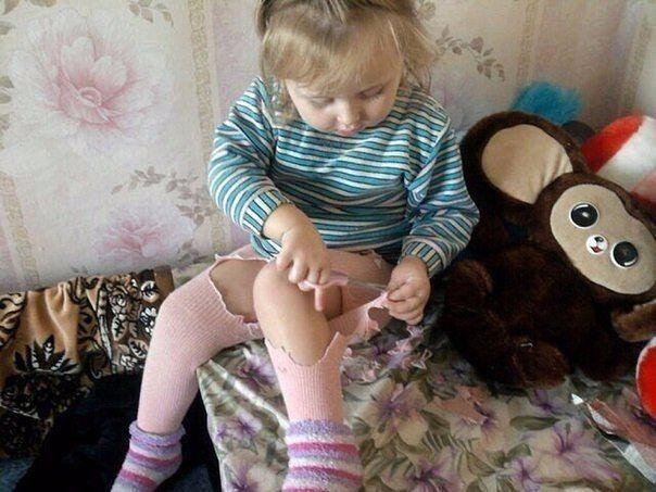 Целует капроновые ножки у мамы фото 725-709