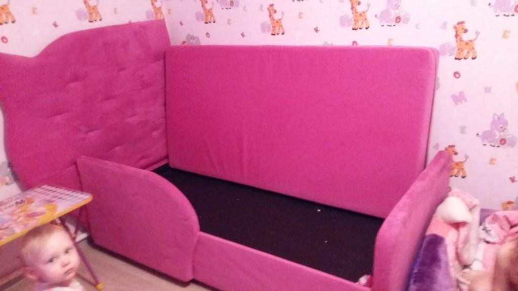 Продам две кровати для девочек, 180*90 тел 89618859401
