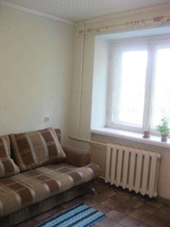 сдам гостинку тверской 51,после ремонта с мебелью и бытовой,15кв.м 7т.р+свет+вода