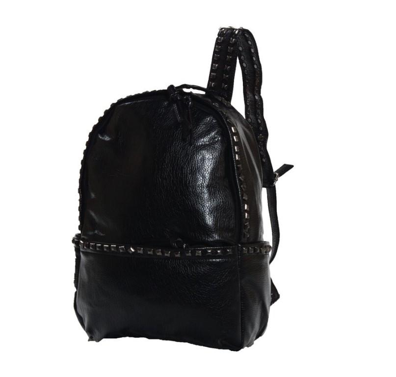 любой рюкзак из отличного качества иск.