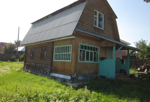 Продам дом 2 х этажный ,40 кв м  ,330 т.р дом продаётся на вывоз 5 км от Томска 89528951348